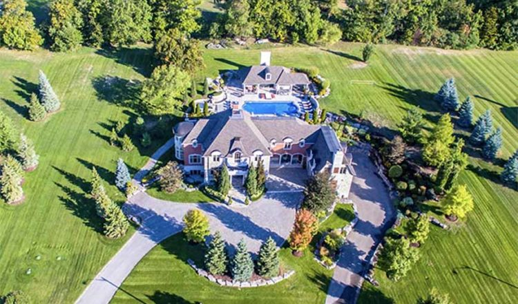 This $4.65-million mansion offers luxury for less in King City – The Globe and Mail