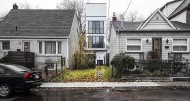Narrow, 4-storey $3M Riverdale house stalls on market – CBC News Toronto