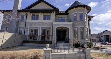 One-time model home in King City, Ont., has a bedroom bigger than most condos